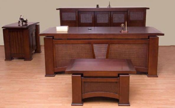 ofis mobilyaları,büro mobilyaları,ofis masaları,büro masaları,makam masaları,yönetici masası,müdür masaları,ahşap masa,klasik makam takımı